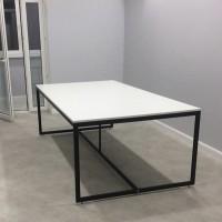 Стол для конференций в аренду