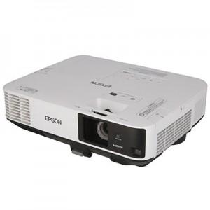 LCD проектор 5500 лм